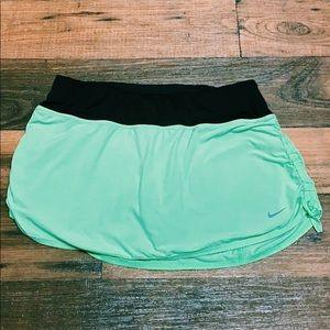 Women's NIKE skirt/skort ⭐️OFFERS WLECOME⭐️